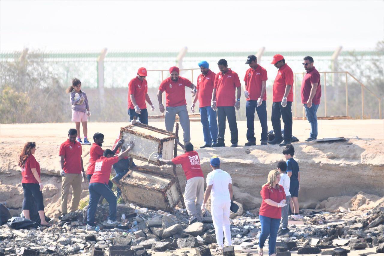 Abu Dhabi Beach Clean Up
